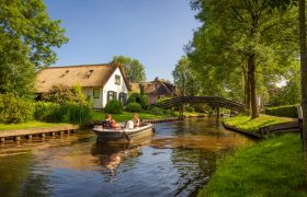 Giethoorn Old Holland - Venice of the North